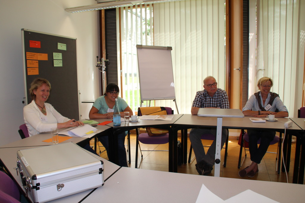 Arbeitsgruppenphase Moderation: Ulrika Engler, Miriam jusuf